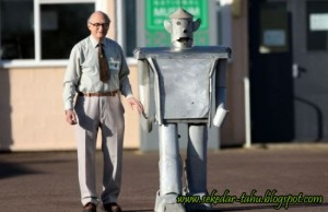 https://ghofurblog.files.wordpress.com/2010/12/george-robot.jpg?w=300