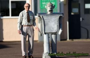 https://ghofurblog.files.wordpress.com/2010/12/george-robot.jpg?w=300
